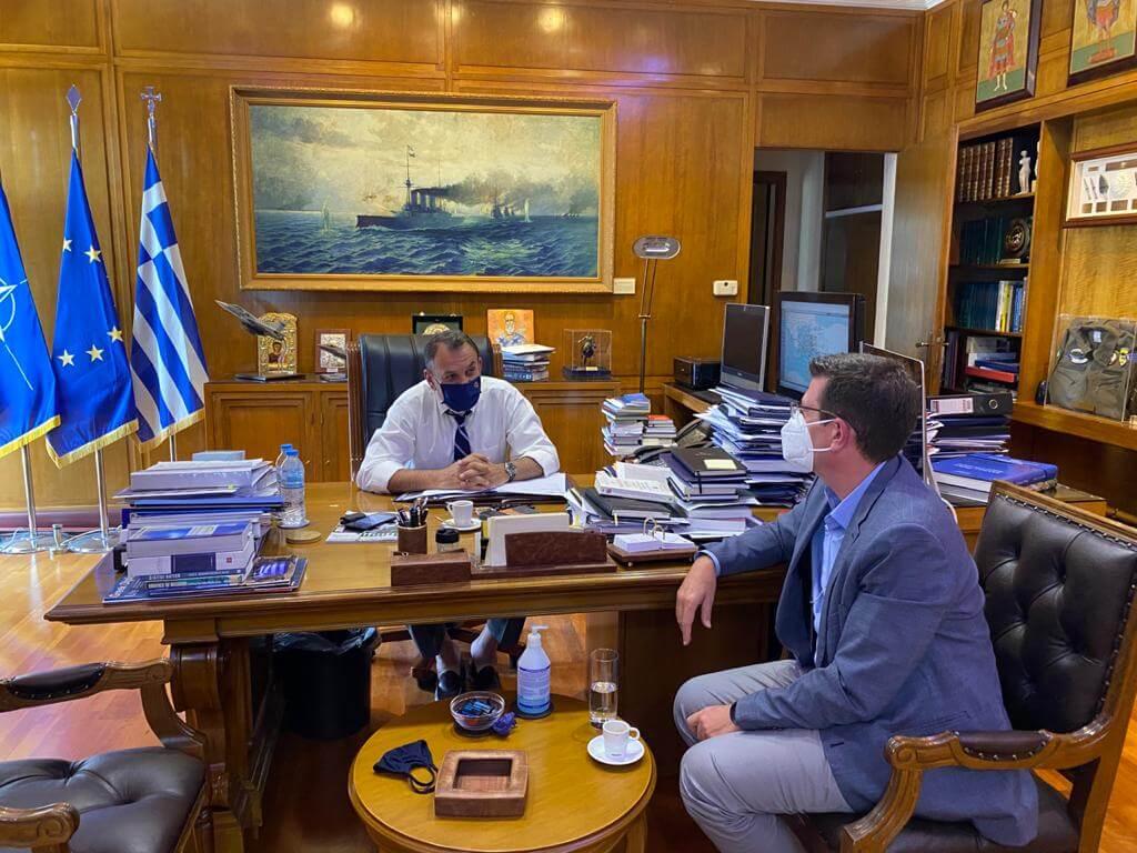 Συνάντηση με τον Υπουργό Εθνικής Άμυνας